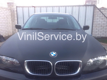 Оклейка капота BMW 3 в черный 3D карбон