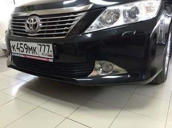 Оклейка низа бампера в черный супер глянец  Toyota Camry