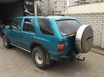 Съемная 5% и 25% тонировка задних дверей  Opel Frontera